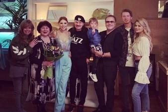 Владимир Пресняков поделился семейным снимком