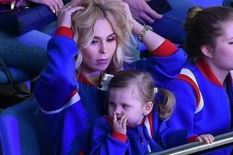 Пелагея впервые показала свою маленькую дочь