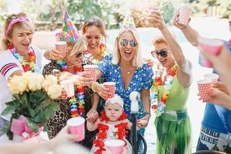 Лера Кудрявцева отметила первый день рождения дочери