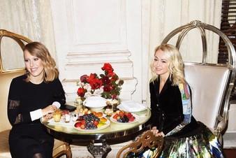Яна Рудковская и Ксения Собчак представили реалити-шоу «Яна Супер»