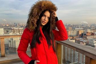 Анастасия Решетова купила электромобиль Илона Маска