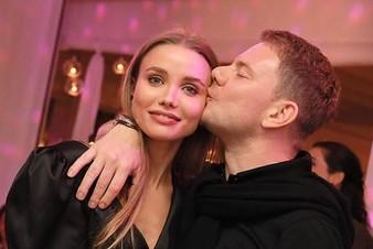 У DJ Smash и Анастасии Кривошеевой родилась дочка