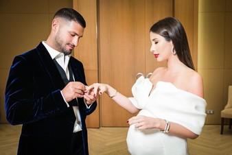Солистка группы A'Studio вышла замуж