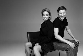 «На нас не влияет гравитация!»: Павел Воля и Ляйсан Утяшева отметили 8 лет со дня свадьбы
