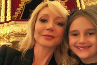 Дочь Кристины Орбакайте пошла по маминым стопам