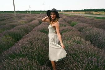 «Дикая, необузданная природа»: Регина Тодренко впечатлилась городом Ростов-на-Дону
